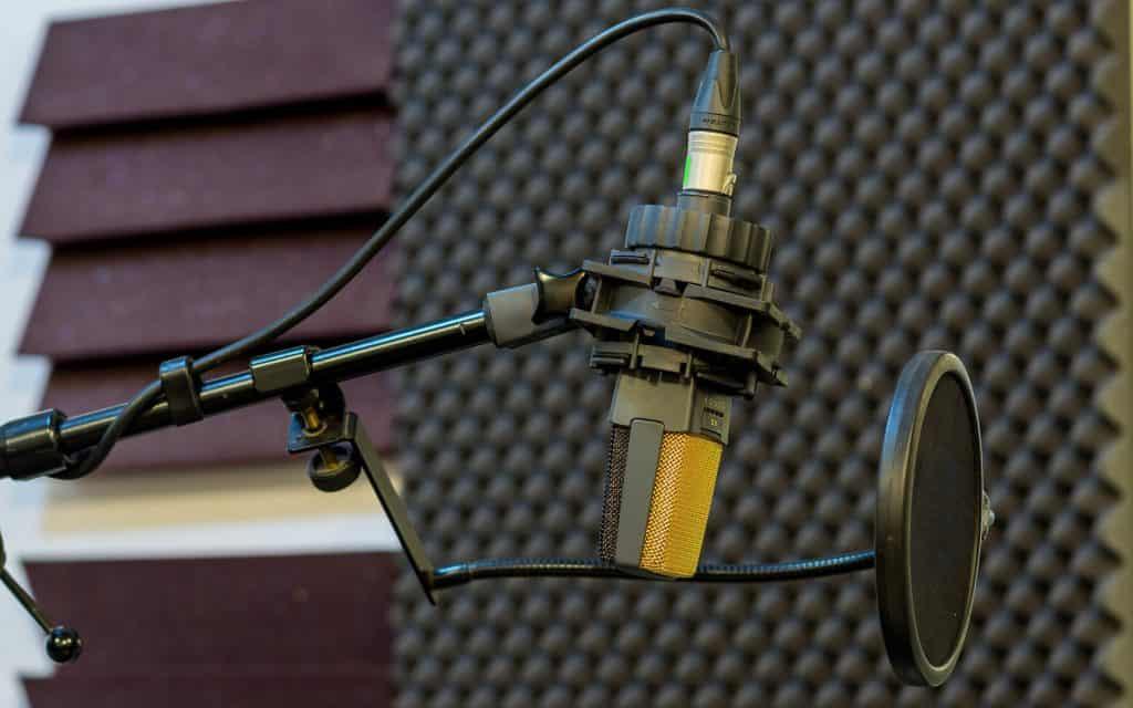 Звукопоглъщащи панели от пяна